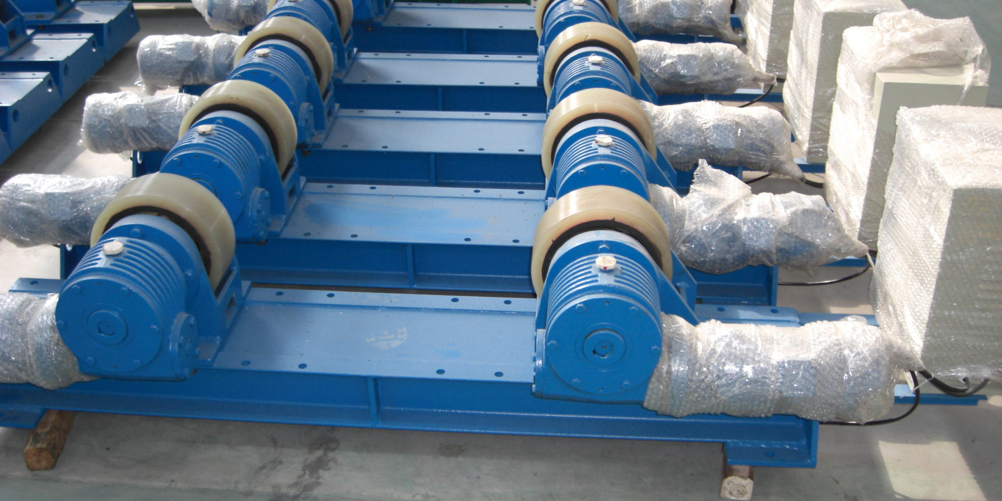 WR 10 tons conventional tank rotator
